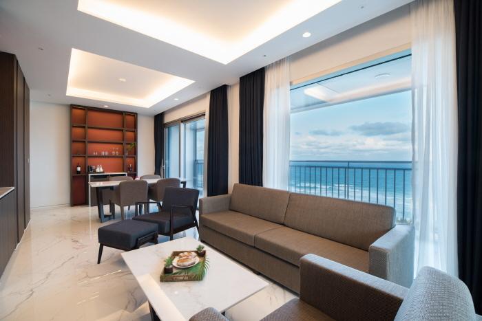 세인트존스 호텔_Grand Bleu Suite2