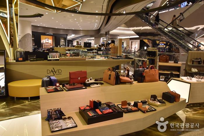 Avenuel World Tower Branch, Lotte Shopping Inc. (롯데쇼핑 에비뉴엘 월드타워점)