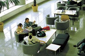 Ewha Language Center (이화여자대학교 언어교육원)