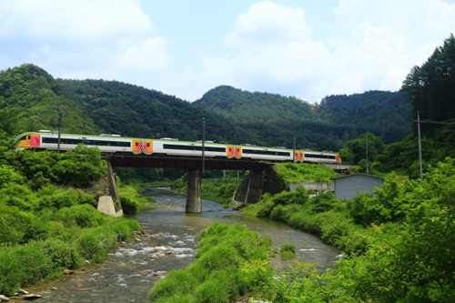 Inlandregion-Touristenzug (O-Train) (중부내륙순환열차(O-트레인))