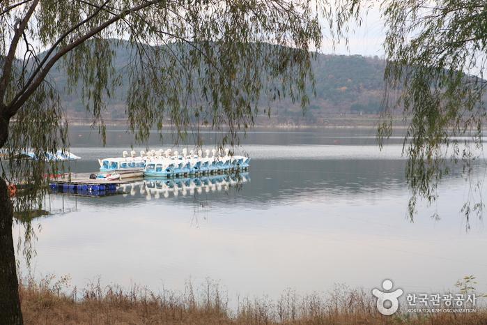 普門湖(보문호)