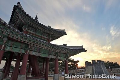 水原華城観光特区(수원화성 관광특구)