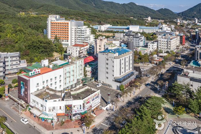 釜谷温泉観光特区(부곡온천 관광특구)