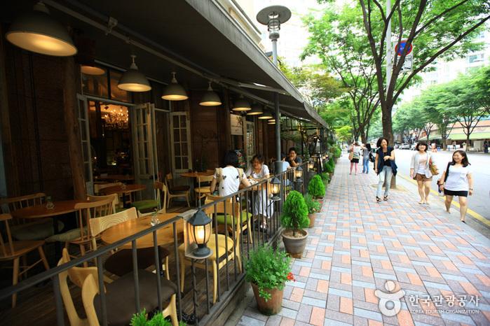 盆唐亭子洞咖啡街(분당 정자동 카페거리)