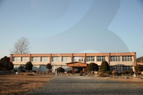 郡立青松野松美術館(군립 청송야송미술관)