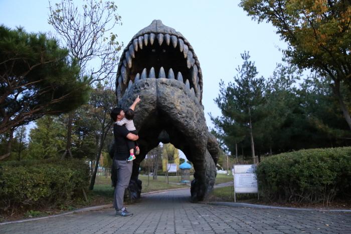보석박물관 내 공룡테마공원