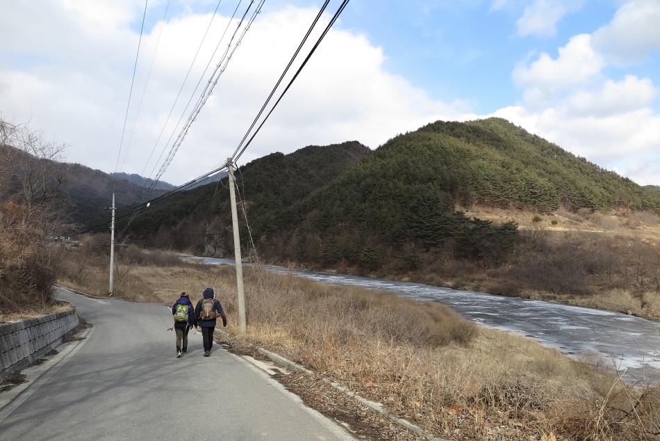 승부역에서 분천역까지 이어진 낙동강 세평하늘길