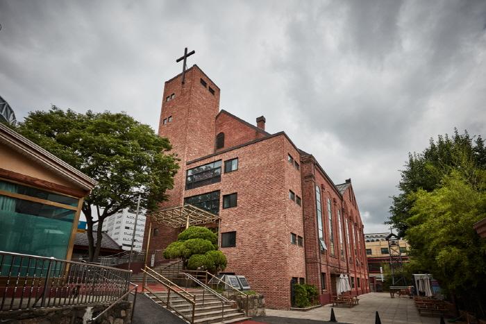 Seungdong Church (승동교회)