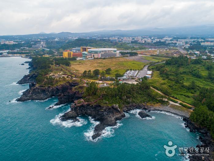 Скалы Чусан Чолли у побережья Чунмун Дэпхо19