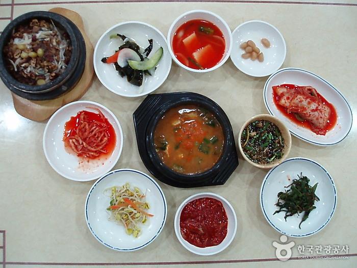 큰마을영양굴밥