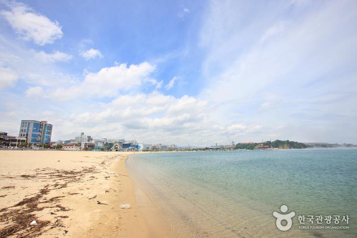 Ilsan Beach (Ulsan) ...