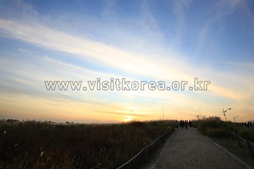 Sonnenaufgangsfestival am Haneul-Park (하늘공원해맞이행사)