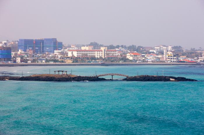 Пляж Хамдок (함덕 서우봉 해변 (함덕해수욕장))3