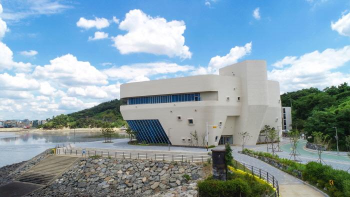 始興烏耳島博物館(시흥오이도박물관)