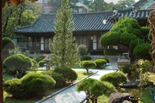 House of Yi Jang-u (...