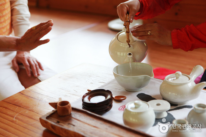 Центр чайной культуры в Хадоне (하동 차문화센터)7