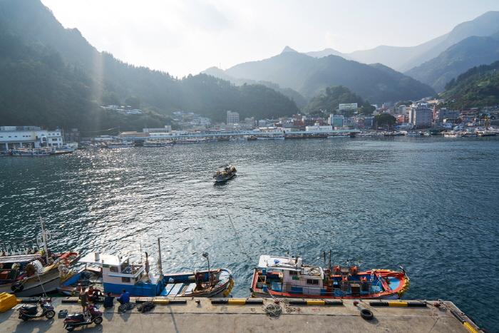 Puerto Jeodong (저동항)47