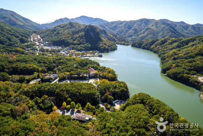 Lac de Sanjeong à Pocheon (포천 산정호수)