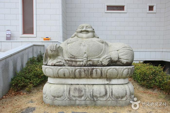 Musée bouddhiste Seongbo - 통도사 성보박물관