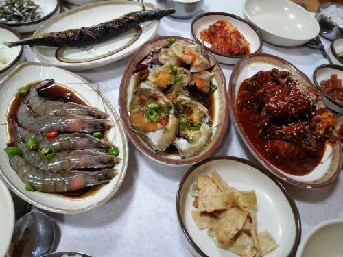 딴뚝통나무집식당 사진1