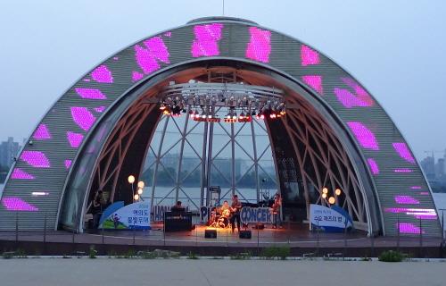 한강 피크닉 콘서트(10월)