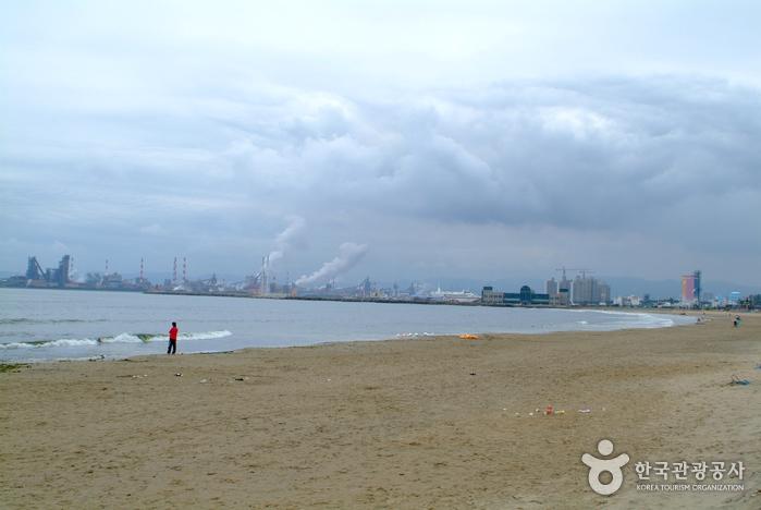 Yeongildae Beach (영일대해수욕장)