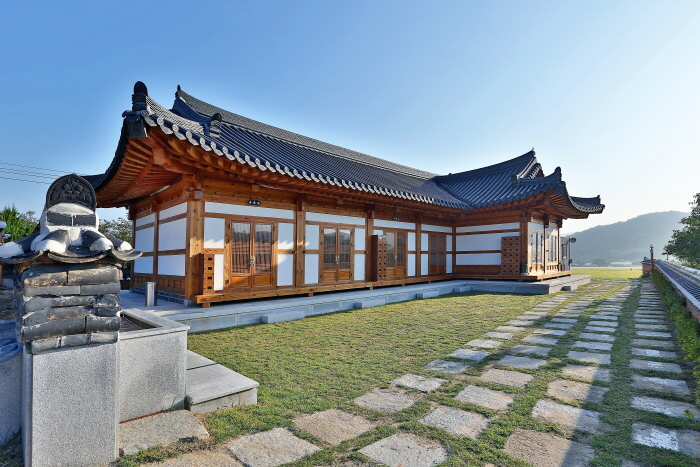 Chilburam Pension (칠불암한옥펜션)[한국관광품질인증제/ Korea Quality]