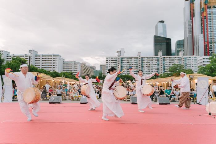 漢江夏季慶典(한강몽땅 여름축제)