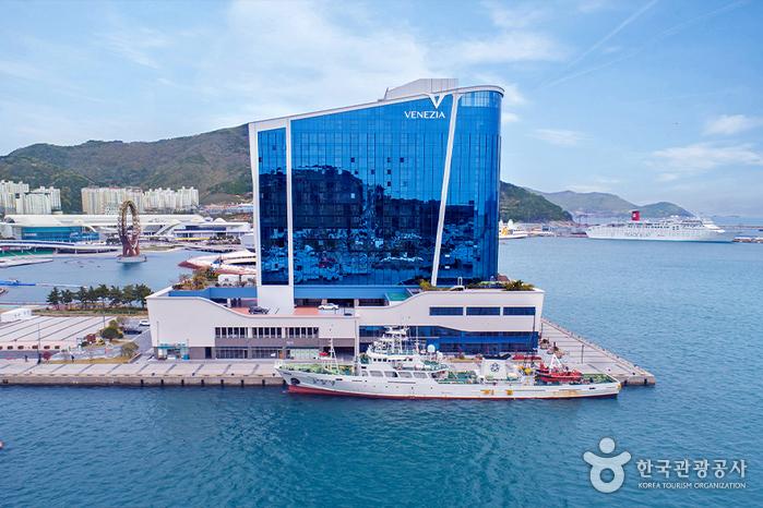 Venezia Hotel & Resort Yeosu [Korea Quality] / 여수 베네치아 호텔앤리조트 [한국관광 품질인증/Korea Quality]