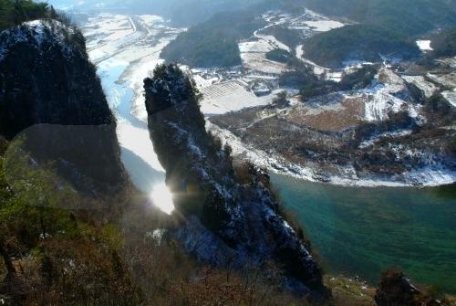 Seondol Cliff (선돌)