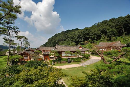 Joseonwangga House ([명품고택]조선왕가)