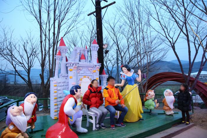 청도프로방스 별빛동화마을 빛축제 2017 사진6