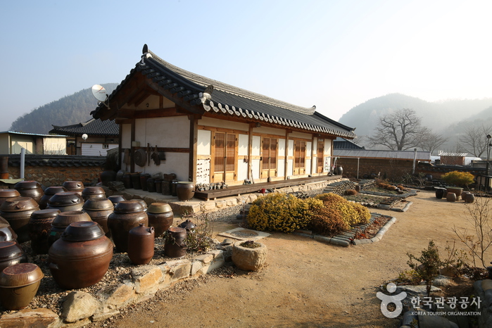 The Old House of Cheongwon (Cheongwondang) (청원당)[한국관광품질인증제/ Korea Quality]
