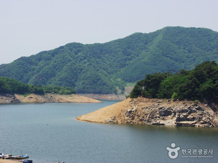 破虏湖(杨口)파로호(양구)