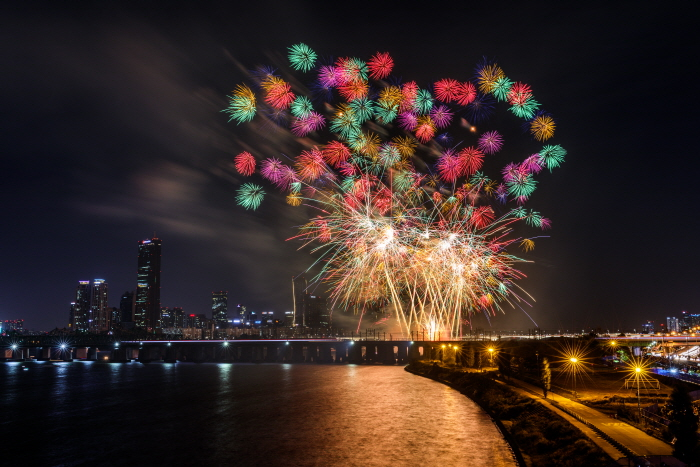 Seoul International Fireworks Festival 2018 한화와 함께하는 서울세계