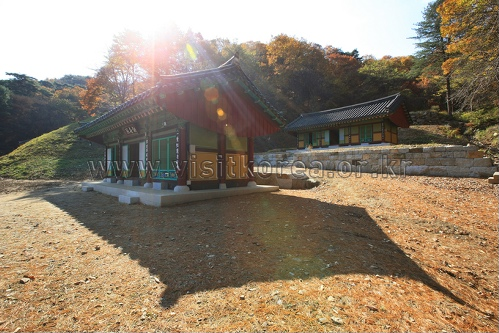 Guryongsa Temple (구룡사)