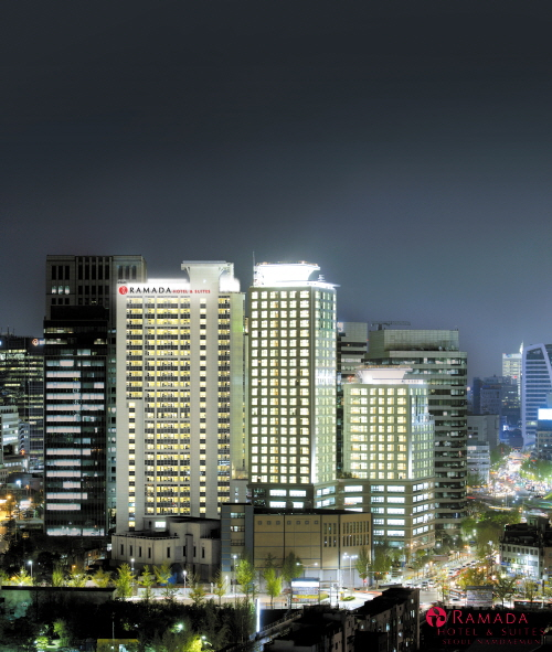 Ramada Hotel & Suites Seoul Namdaemun (라마다호텔 앤 스위트 서울남대문)