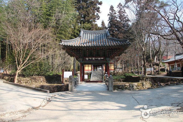 Храм Ссангеса (쌍계사)
