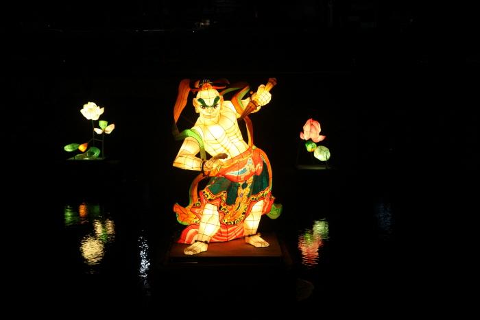 形形色色达句伐灯会(형형색색 달구벌 관등놀이 2019)