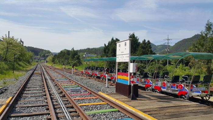Vélo-rail du village hanok de Jeonju (전주한옥레일바이크)
