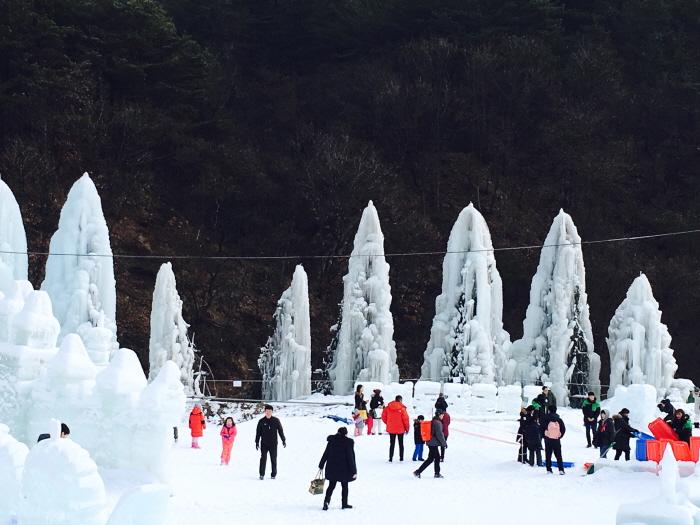 抱川白雲渓谷冬将軍祭り(포천 백운계곡 동장군축제)
