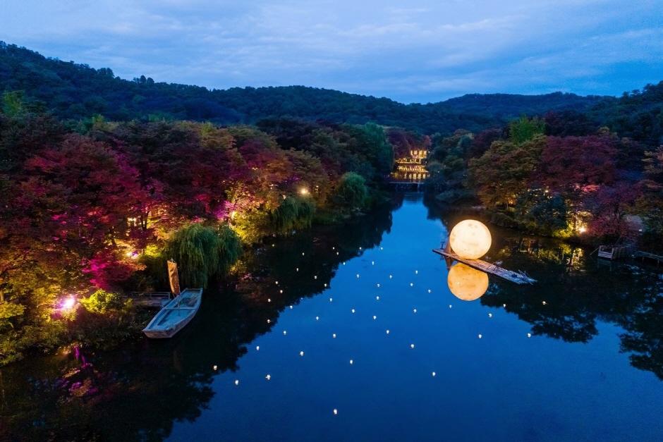 韓國民俗村「盡添月色」夜間慶典(한국민속촌 '달빛을 더하다')