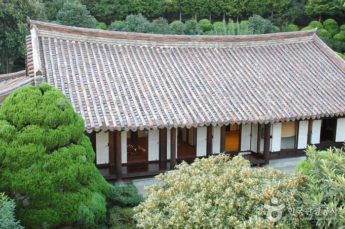 House of Choi Seung-hyo ()