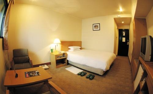 Astoria Hotel (아스토리아 호텔)