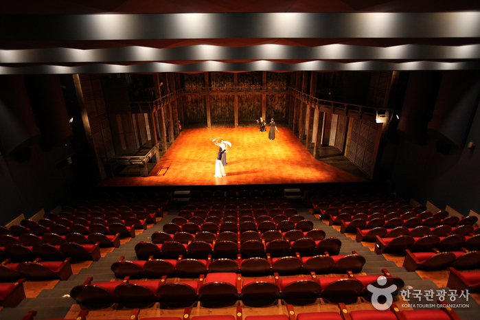 Jeongdong Theater (정동극장)