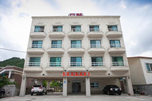 Gangneung Jeongdong Beach Motel - Goodstay 정동비치모텔 [우수숙박시설 굿스테이]
