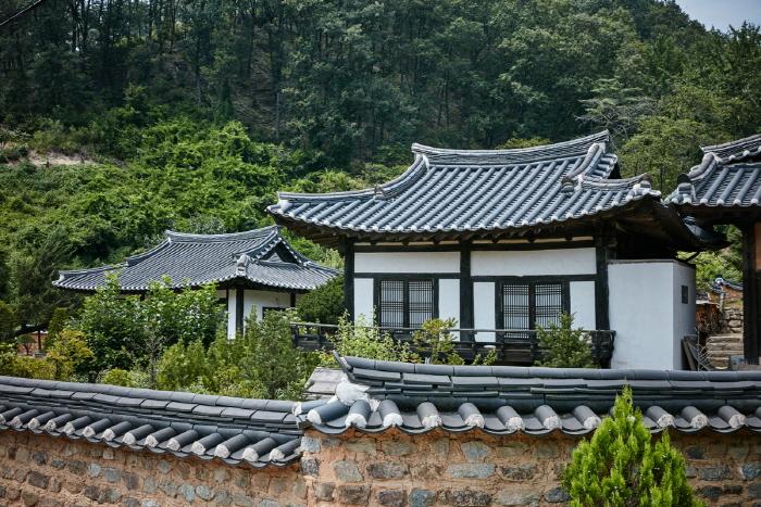 Familiensitz des Tapdong-Zweiges des Goseong Yi Clans (법흥동 고성이씨탑동파종택)