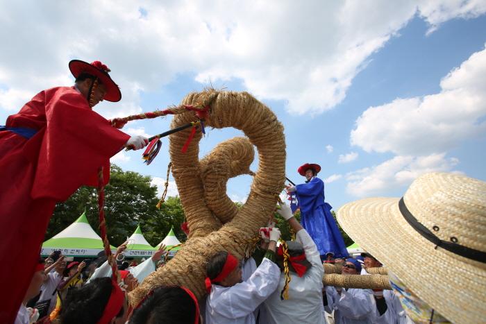 栄州韓国ソンビ文化祭り(영주한국선비문화축제)