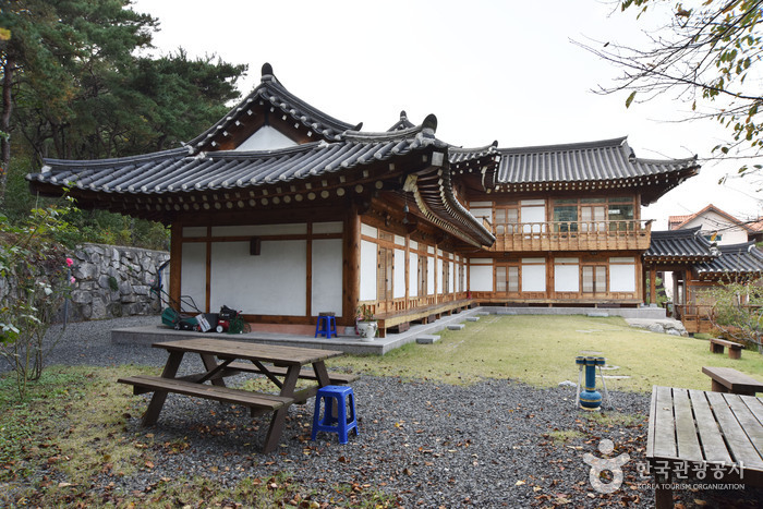 Cheonnyeon Hanok Pension in Gyeongju [Korea Quality] / 경주천년한옥펜션 [한국관광 품질인증]