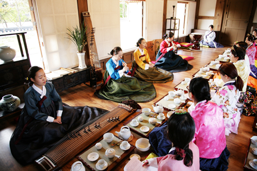 Korean Traditional Culture Experience - MiSuDa (전통문화체험 미수다)